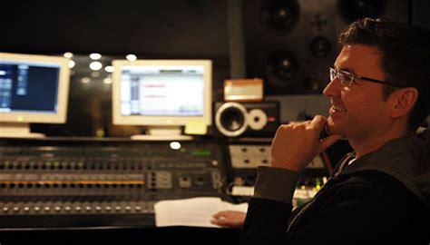 SAS: Red Notice composer Benji Merrison in studio